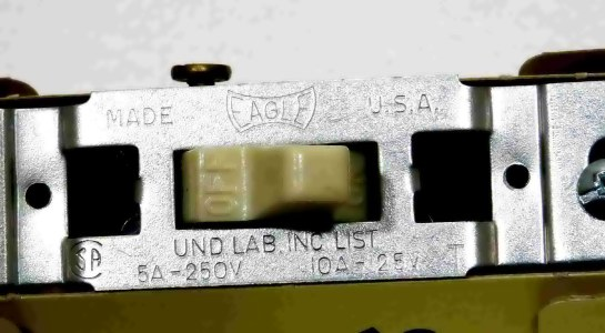 10 amp 125 volt d.c. switch